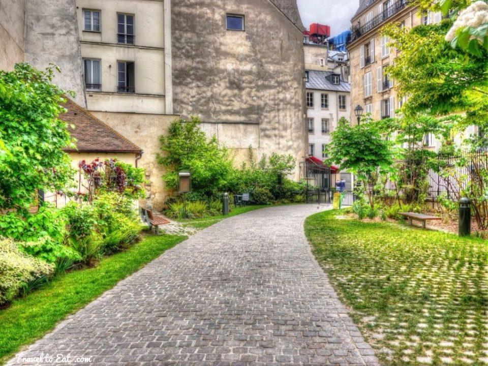 Entrada do Jardim Anne Frank. Foto: http://traveltoeat.com