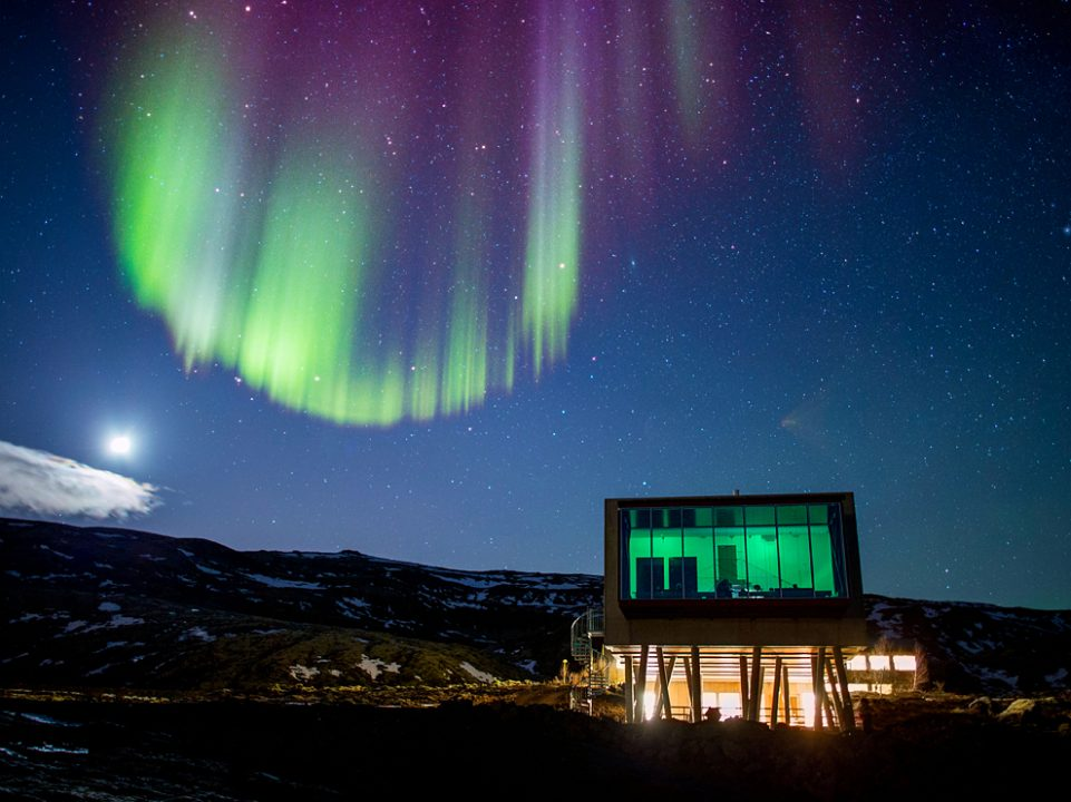 Ion Hotel - foto bar Nothern Lights por Ragnar Th Sigurdsson, Arctic Images/Alamy