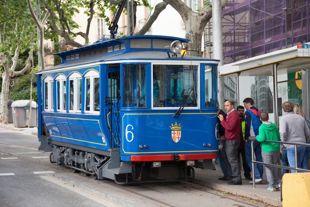 Funicular para Tibidado - foto Iakov Filimonov - Shutterstock.com