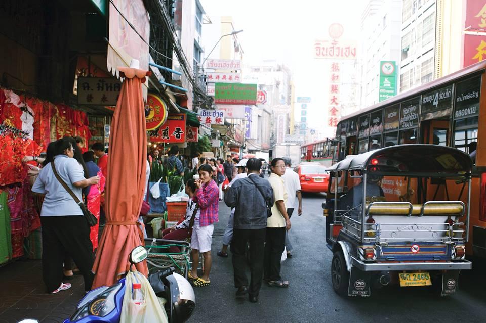 O caótico trânsito em Chinatown - foto Ola Persson
