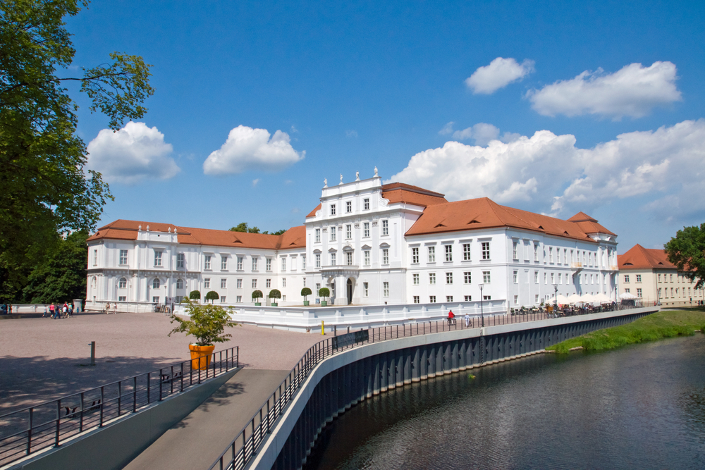 Palácio de Oranienburg - elxeneize/shutterstock