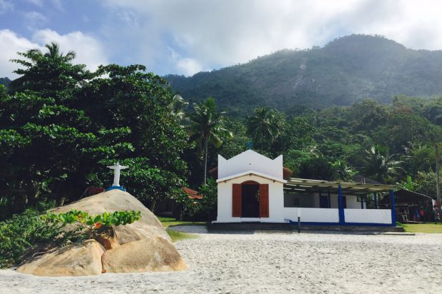 A igrejinha de Santa Cruz, no Aventureiro (foto: Renato Salles)