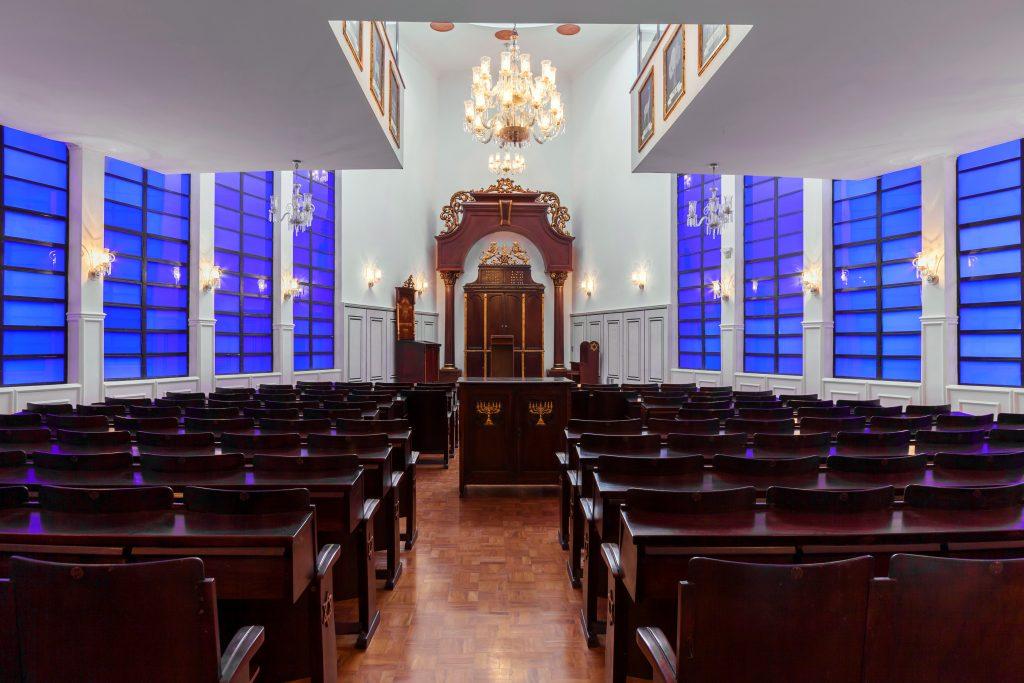 Sinagoga refeita