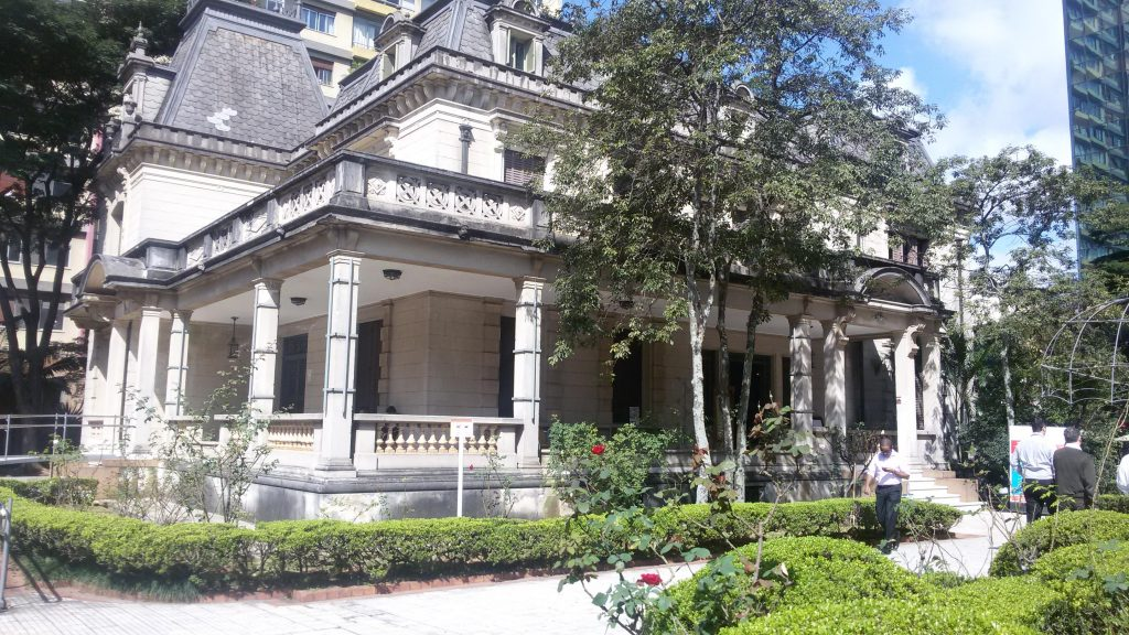 Casa das Rosas - Patrícia Ribeiro-Passeios-Baratos-em-SP