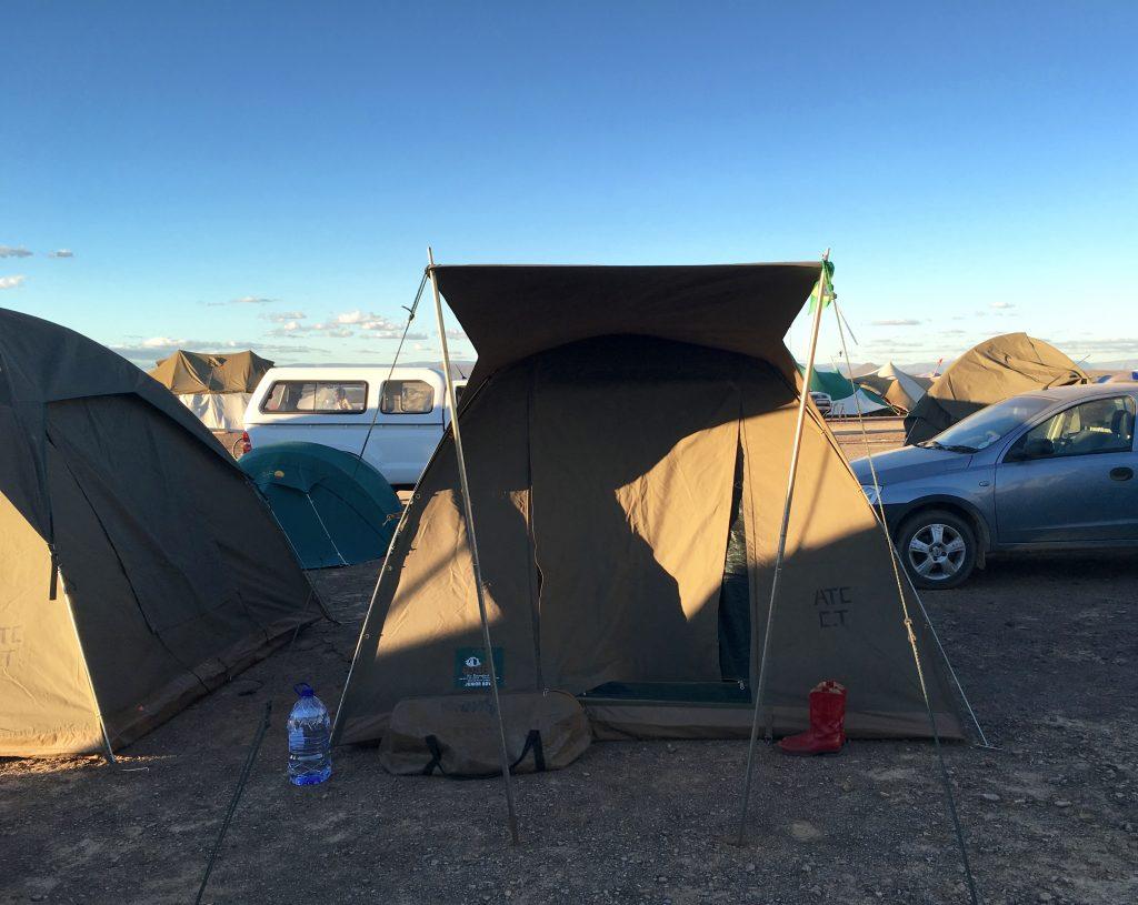 Nossa tenda: espaçosa e confortável, bem melhor do que esperávamos