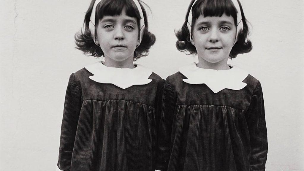 Uma das mais famosas fotos de Diane Arbus