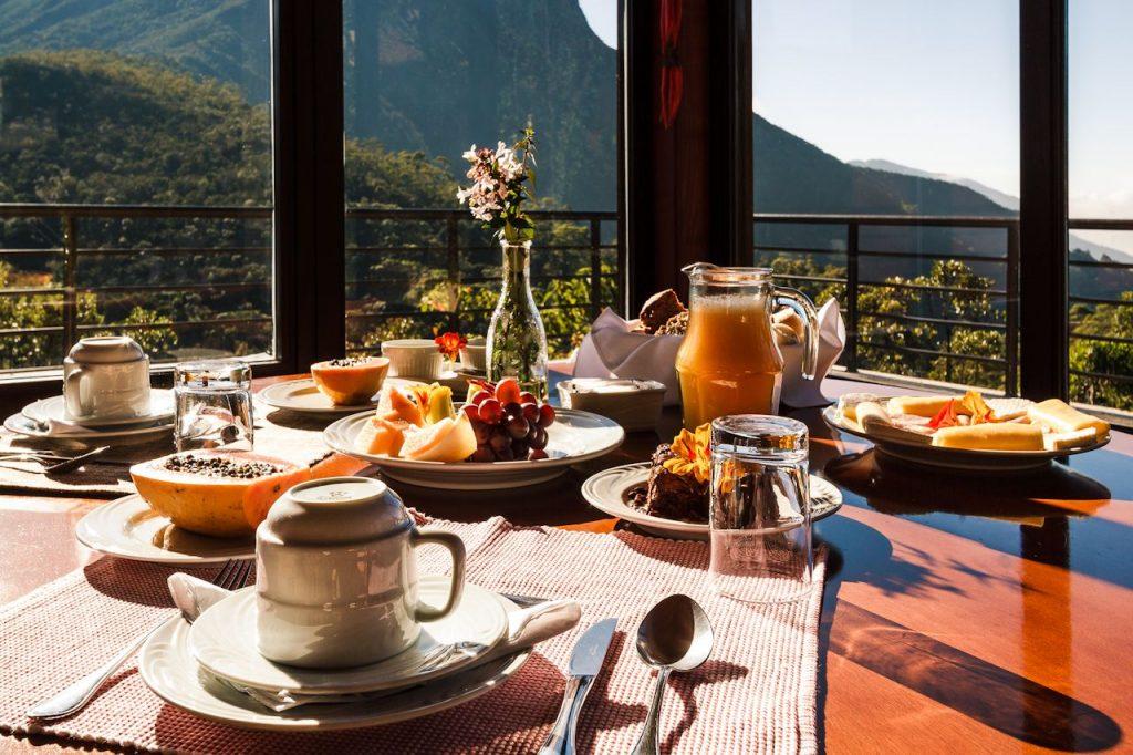 Café da manhã no Hotel São Gotardo. Foto: Divulgação
