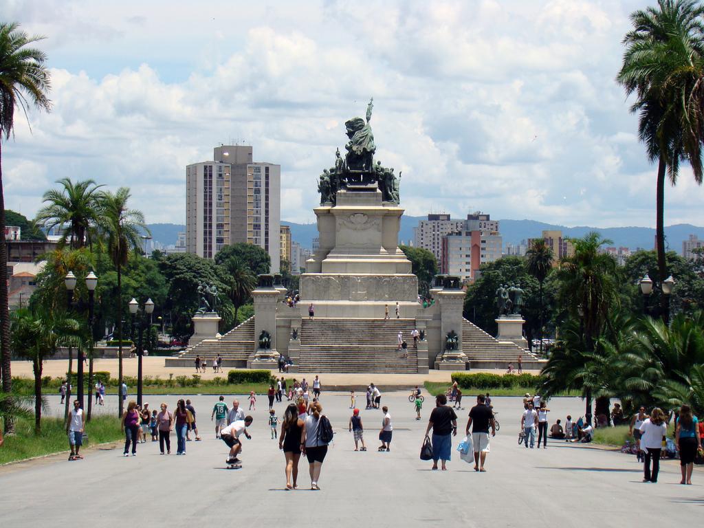 Monumento à Independência. Foto por Rodrigo Soldon