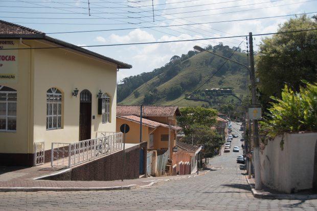 Rua do centro de São Bento do Sapucaí - foto: Flickr - andresumida