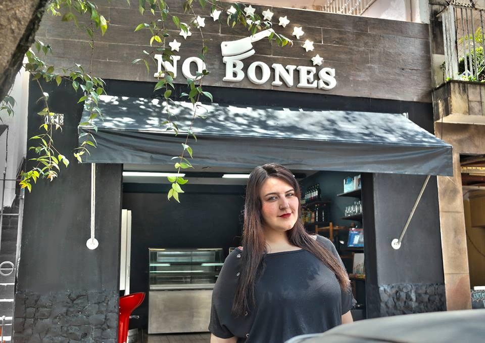 A chef Marcella Izzo, do No Bones, primeiro açougue vegano de São Paulo