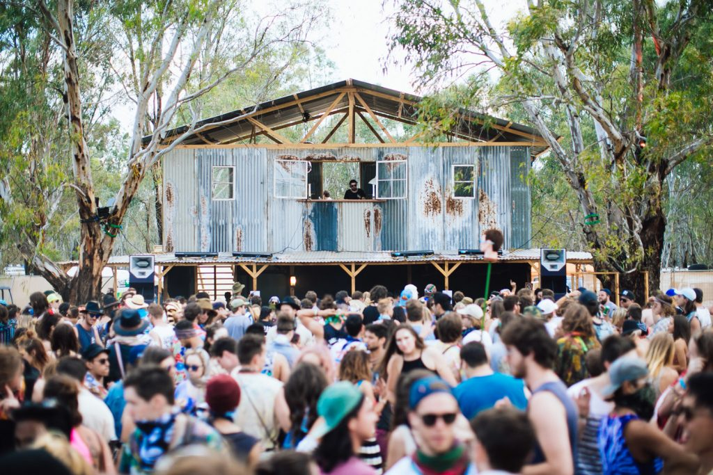 voena_strawberry_fields_festival_australia_2015_photos-31