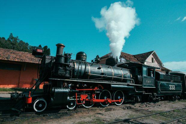 O trem da serra da Mantiqueira na estação Passa Quatro. Foto: Daniel Garcia Neto (CC BY 2.0)