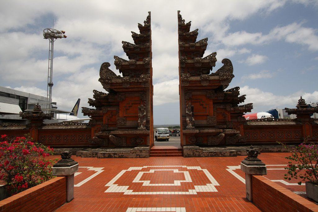 Aeroporto em Denpasar, em Bali.