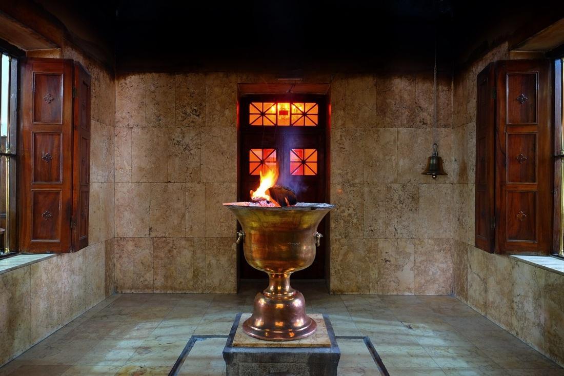 Templo do Fogo, Yaz | Vanessa M.