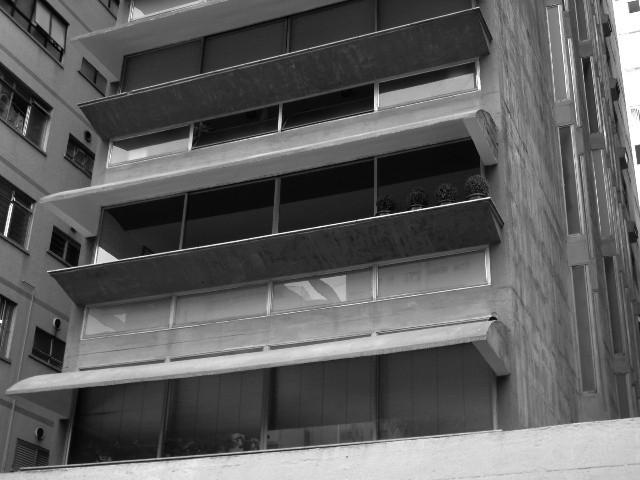 Paulo Mendes da Rocha - Edifício Guaimbê - foto: Flick - rodrigo.abbade