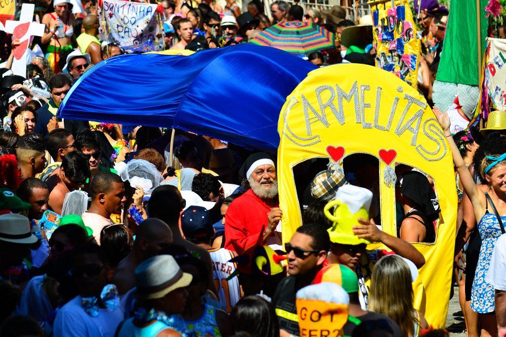 O Bloco das Carmelitas desfila no primeiro dia oficial de carnaval Santa Teresa. Foto: Tomaz Silva/Agência Brasil