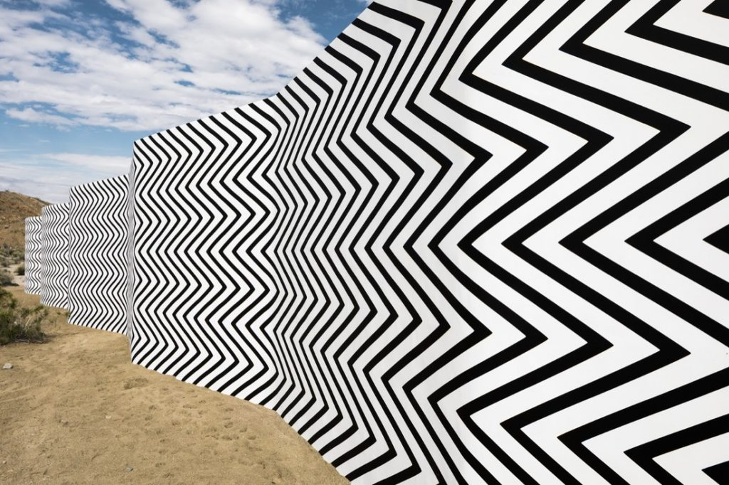 Curves and Zigzags, por Claudia Comte. Foto: Lance Gerber.