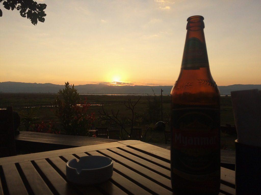 Myanmar Beer. Foto por Lalai Persson