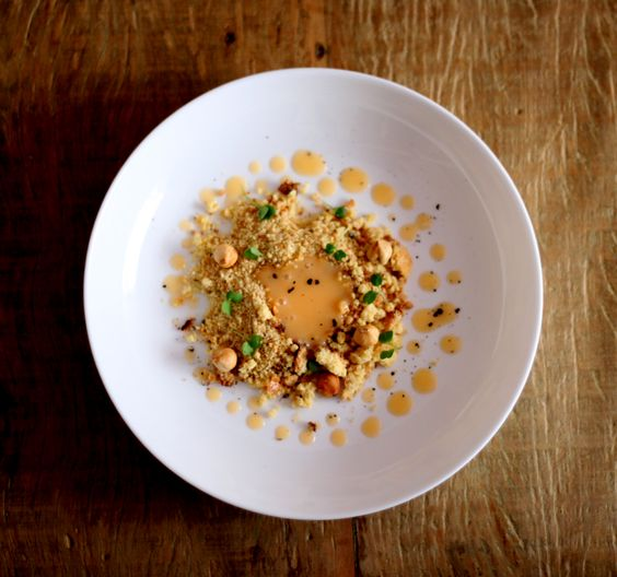 larissa2-cordeiro-grelhado-com-manteiga-de-pequi-e-salada-de-maxixe-tomatinhos-folhas-jovens-de-beterraba-e-lima%cc%83o-cravo-jantarsecreto