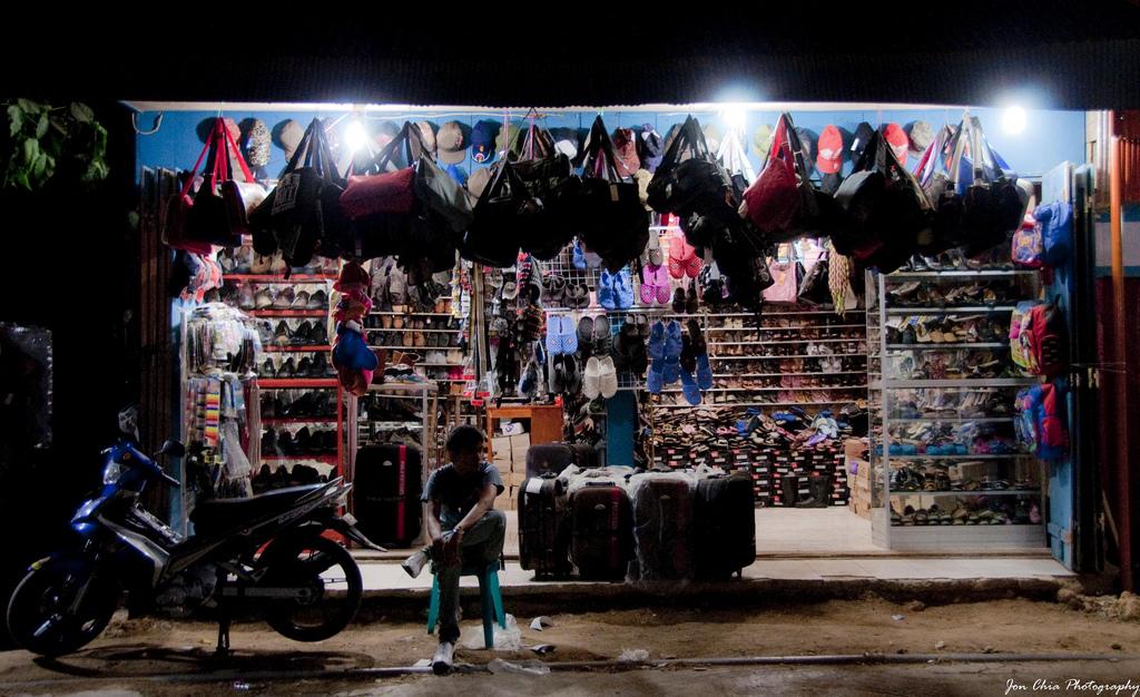 Labuan Bajo. Foto Jon Chia