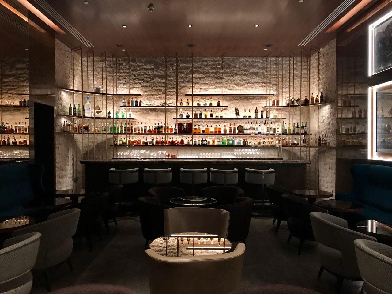 O Bar Burle deve ser o maior ponto de encontro do Palácio Tangará - foto: Renato Salles