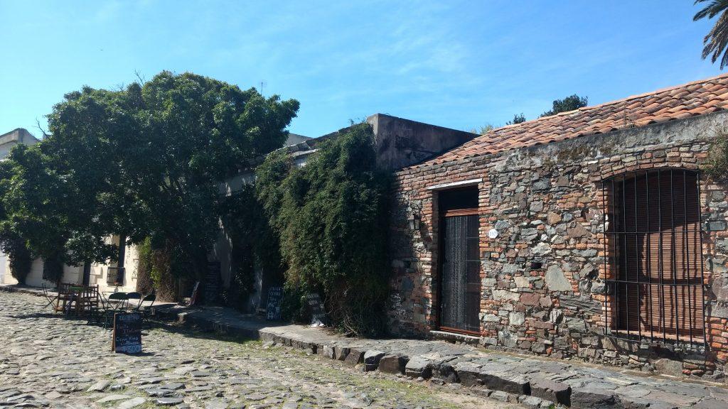 De Montevideo a Colonia del Sacramento, a viagem dura 2:30 e custa 350 pesos. Foto: Dani Valentin