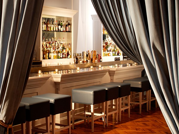 The Violet Hour, um bar speakeasy típico de Chicago