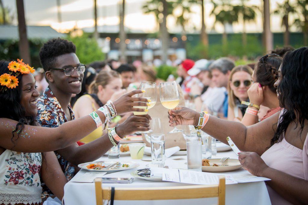 Coachella 2018 - jantar Outstanding in the Field. Foto: divulgação