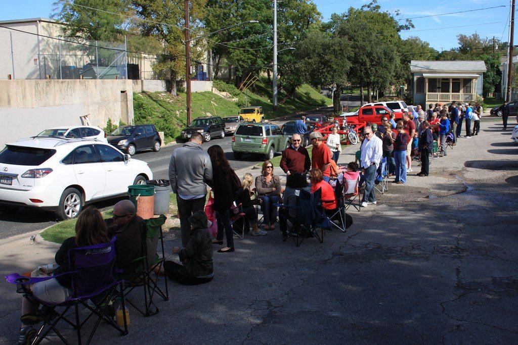 A fila do Franklin Barbecure, Austin. Foto: wecouldlivehereblog.com