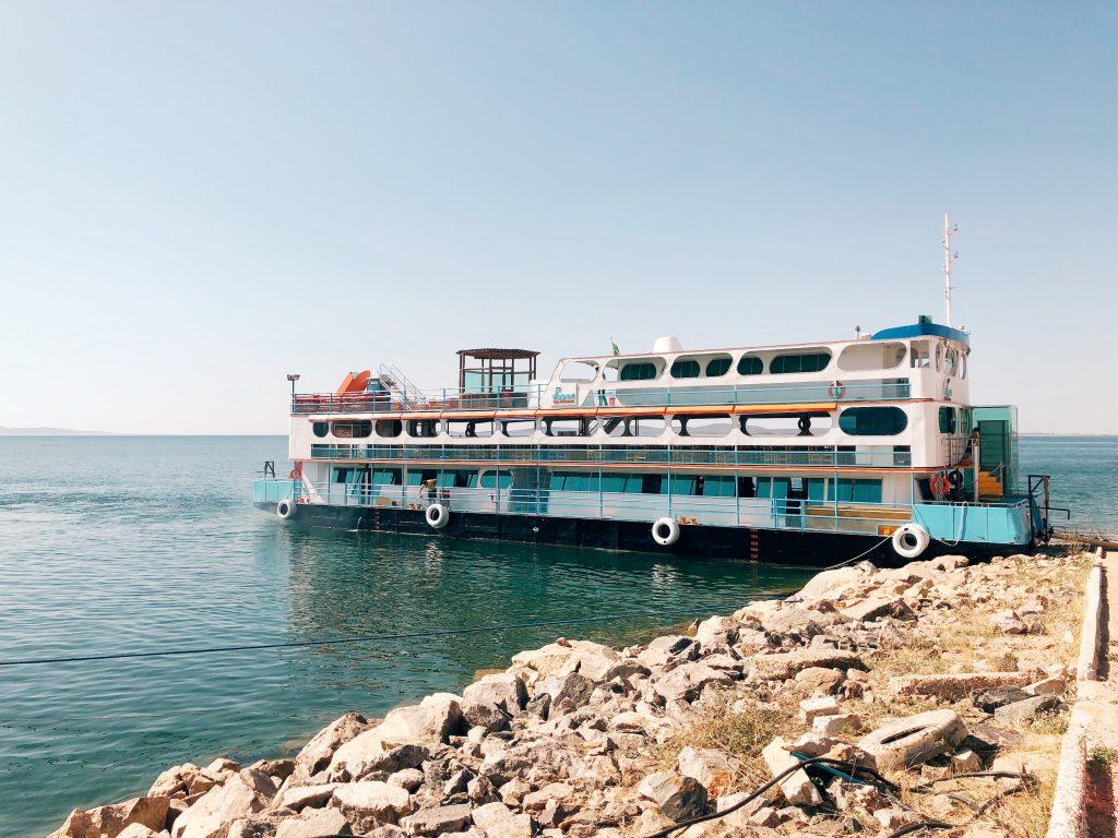 O barco Vapor do Vinho no Lago do Sobradinho (BA). Foto: Lalai Persson