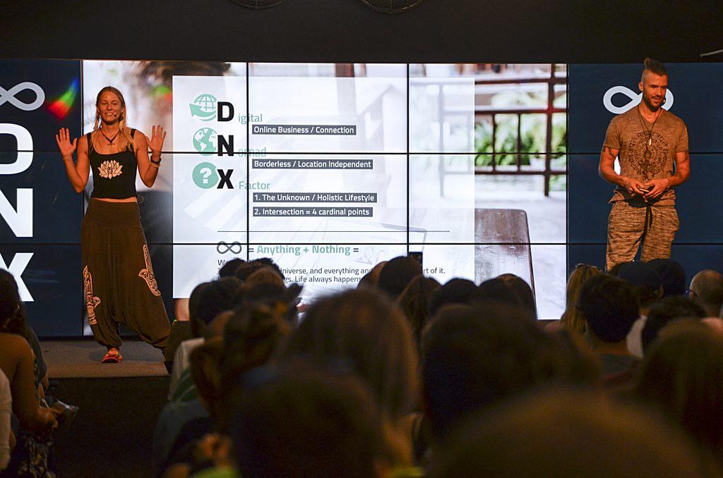 DNX: o casal Feli e Marcus na abertura do festival.